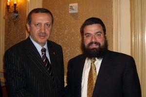 ראש ממשלת טורקיה נפגש עם הרב לוי שם-טוב