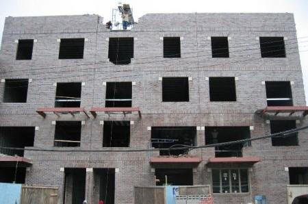 בונים בקראון-הייטס: בניין דירות חדש