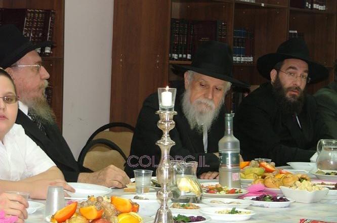 מוסקבה: המזכיר הרב קליין ביקר והתוועד בישיבה