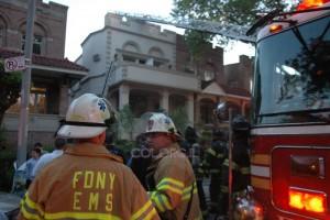 שריפה פרצה בבית חסיד חב
