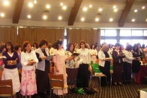מאות נשים בימי העיון של נשי ובנות חב