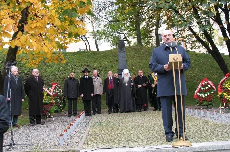 מינסק: הרב והנשיא נאמו בטקס הזיכרון