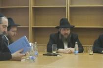 מוסקבה: הרב ברגמן מסר שיעור לחברי החברה קדישא