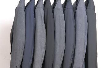 בעלי עסקים שאינם יהודים תרמו חליפות לבני ישיבות