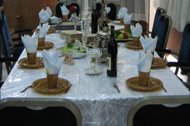 רמלה:  350 איש בלילי סדר וסעודות משיח ב-17 בתי כנסת