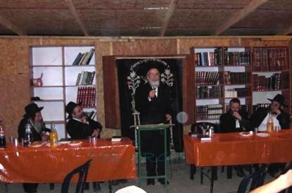 נחנך בפעם השלישית בית הכנסת בגבעת מנחם