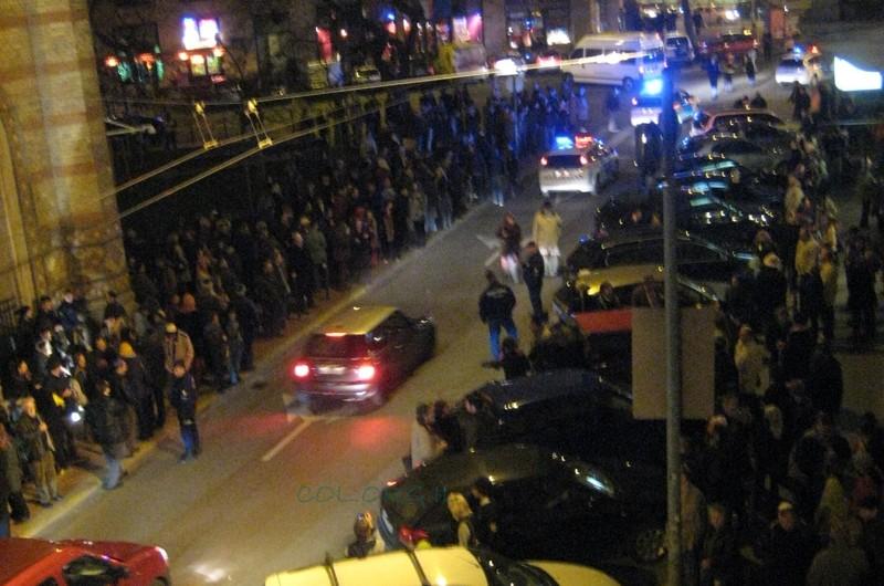 יהודי הונגריה יוצאים לרחובות:
