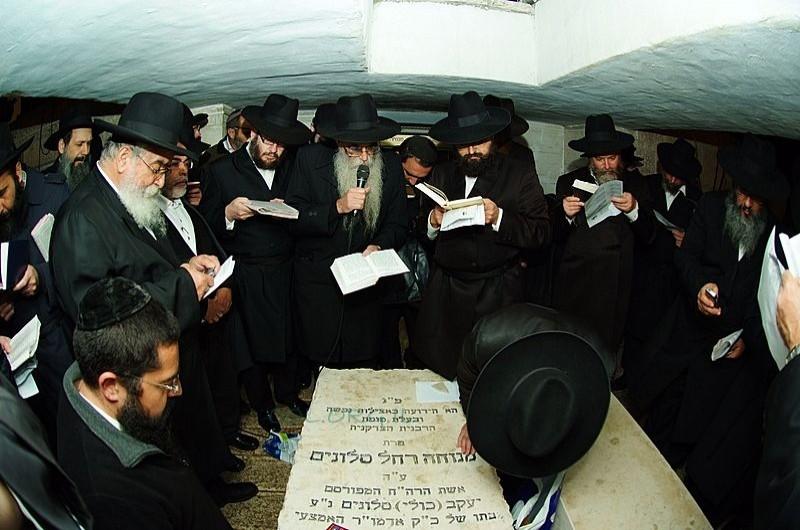 בפעם ה-30 ברציפות: עלייה לקבר הרבנית מנוחה רחל ע