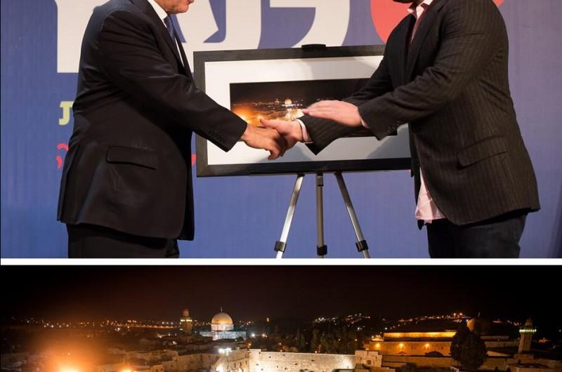 ישראל ברדוגו זכה ב'פוליצר הישראלי' מידי ראש-הממשלה