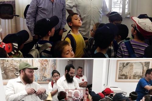 ראש-העיר רמלה סיפר לילדי הכפר על דולר שקיבל מהרבי