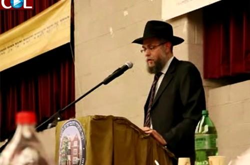 הרב זקליקובסקי מדגים: כך נשמעו ה'תקיעות' של הרבי בתשנ