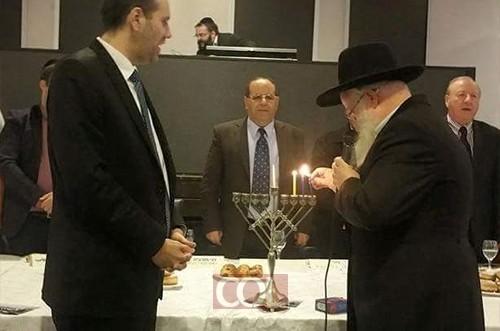 הרב הבלין כובד בהדלקת הנר עם חברי הליכוד ● תמונות