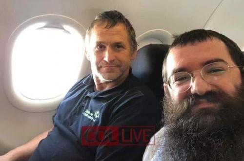 מיהו רולנד השיפוצניק הגרמני שהרב וישצקי פגש במטוס?