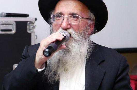'חסיד ומקושר לרבי': הרב אברהם הולנדר ע