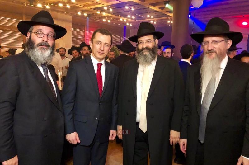 רבנים שלוחים ואישי ציבור בחתונת בלוי-פלס בהדר-דימול