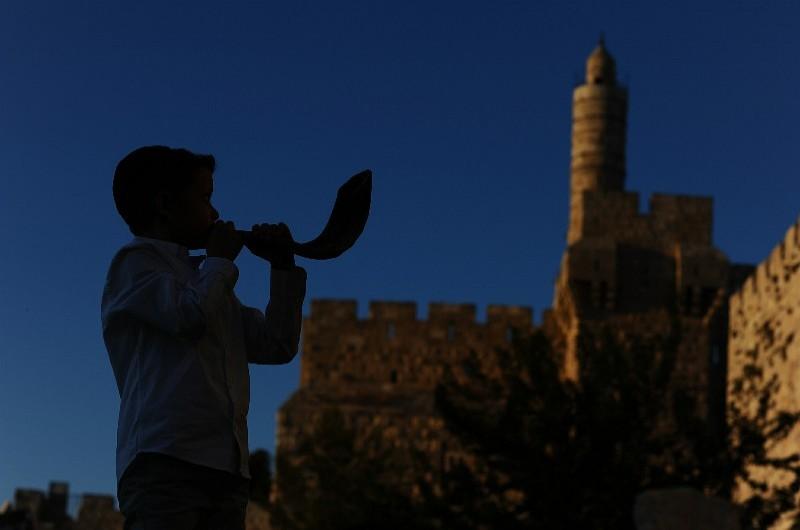 הנתונים נחשפים: 6.74 מיליון יהודים בישראל; וכמה בעולם?