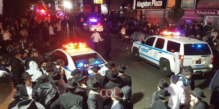 שש בבוקר בקראון הייטס: כך מפנה המשטרה את רחבת הריקודים