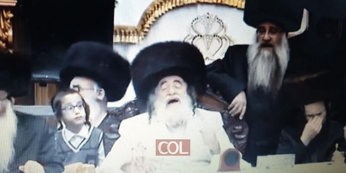 כשהרבי מויז'ניץ שר בטיש נעילת החג 'דידן נצח' • צפו. (צילום: אלי דויטש, באדיבות אתר חרדים 10)