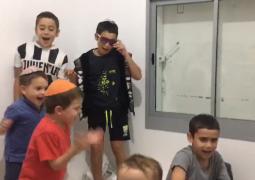 שירה וריקודים: כך בחרו הילדים 'לבלות' בממ