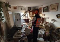 פגיעה ישירה בבית באשקלון • צפו בתיעוד מהזירה