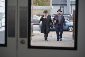'העולם היהודי' נוחת בניו יורק: השלוחים כבר מתפללים באוהל