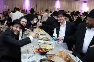שמחת החתונה של משפחות מיידנצ'יק ורייכמן ב'בית רבקה'