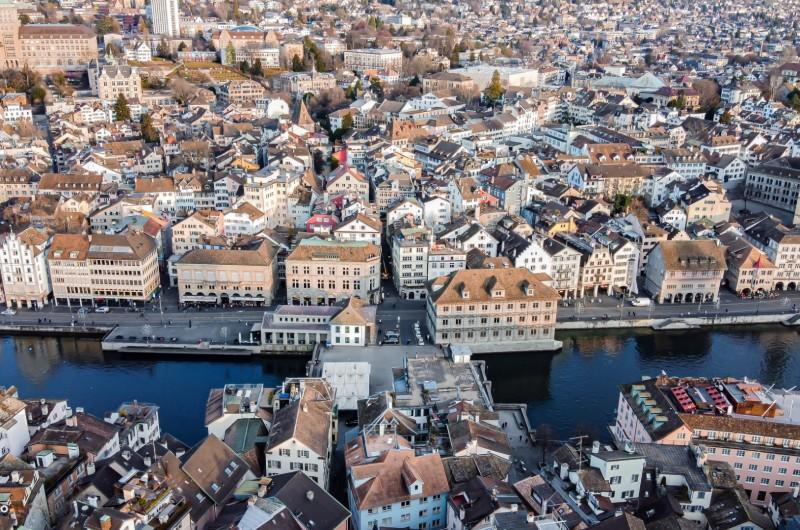 מהאוויר, בים וביבשה: ציריך שבשוויץ מעדשת המצלמה