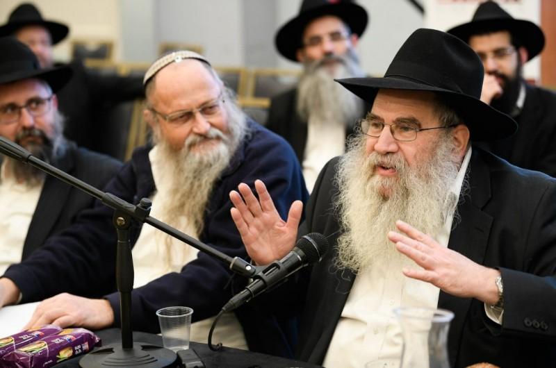 הרב וואלבערג סחף את מאות השלוחים בהתוועדות לילית