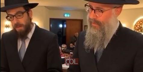 בצל הקורונה: הרב שלמה ביסטריצקי והרב שמואל הבלין, שליחי הרבי בהמבורג, בקריאת מגילה •  צפו
