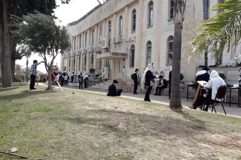 המשטרה סגרה את 'בית מנחם'.