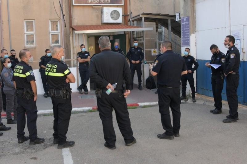 המשטרה נערכת לאכיפה מוגברת באלעד וטבריה