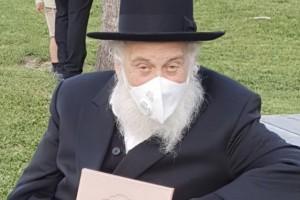 הרב ירוסלבסקי מעד ואושפז בבית הרפואה. יעבור ניתוח