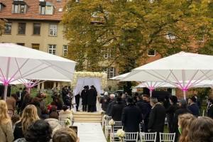 הנובר חוגגת את חתונת בתו של השליח הנערץ והבלתי נשכח ז