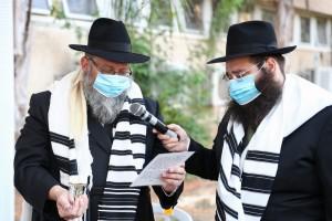 שמחת הברית לבנו של ר' שלמה אזימוב • ארגון 'הפנסאים' הפתיע