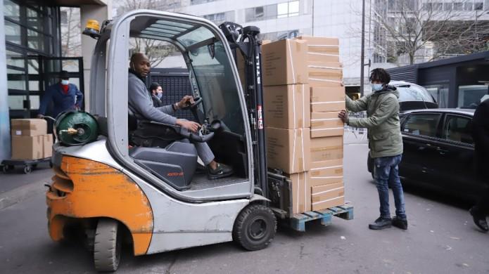 הגיעו אל 'בית ליובאוויטש': 40,000 חנוכיות יחולקו בצרפת