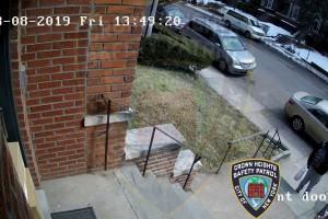 קראון הייטס: פתיון הוטמן בבית וחשף את זהות הגנב - המנקה