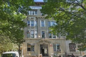 הנהלת הישיבה מכרה את בניין 749 ל
