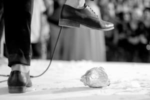 המאבק על גיל השידוכין: 12 אלף שקל לבחור שיתחתן עד גיל 22