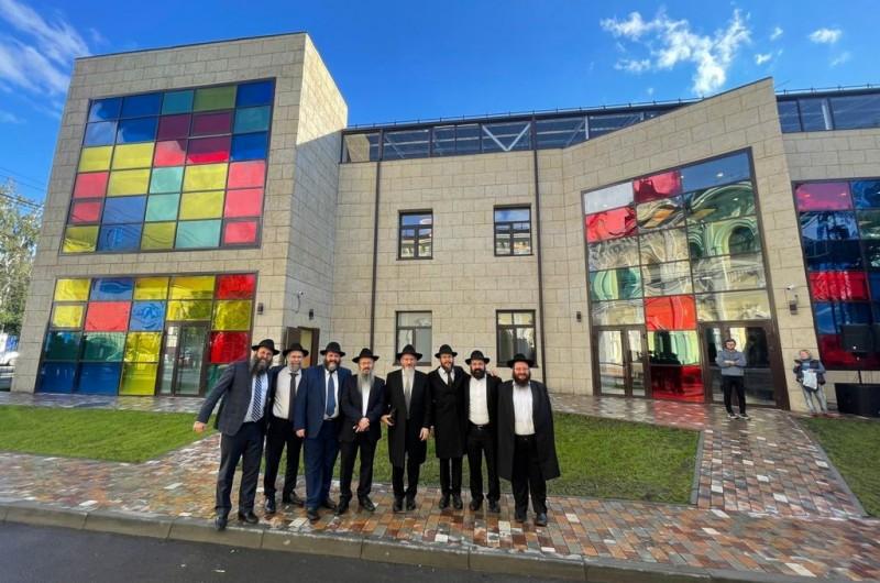 באירוע מרשים: נחנך 'מרכז לילדים' מפואר בטומסק שבסיביר